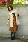Brown-top-orange-skirt-beige-coat-black-tights-black-shoes-gold-neckla