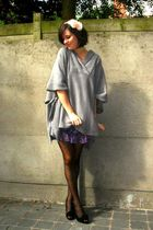 gray sweater - purple skirt - black shoes - beige accessories - black tights