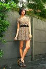Yellow-dress-brown-shoes-black-belt-yellow-accessories