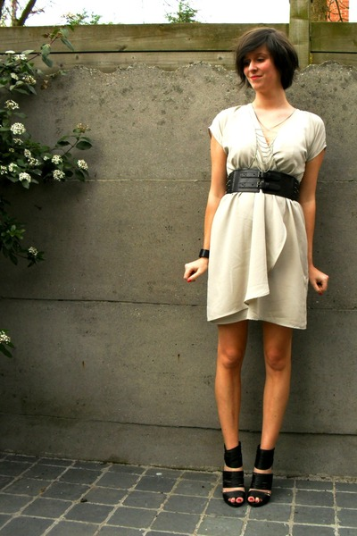 gray dress - black shoes - silver necklace - black bracelet - black belt