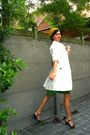 Green-dress-white-coat-purple-shoes-yellow-hat