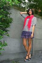 pink scarf - black shoes - white top - purple skirt