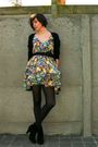 Yellow-dress-black-boots-black-belt-black-bracelet-black-tights
