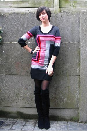 pink dress - black boots - black bracelet - silver accessories