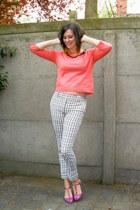 salmon top - amethyst flats - white pants