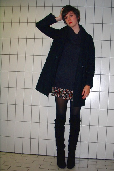 black H&M coat - gray H&M sweater - red Pimkie dress - black tights - black Sach