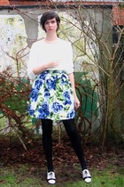 blue skirt - white sweater - black tights - white shoes