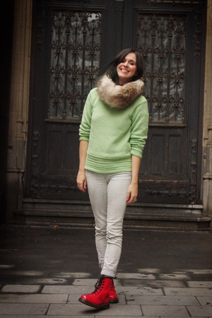 red boots - lime green sweater - off white pants