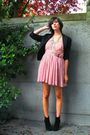 Pink-dress-black-blazer-black-boots-silver-necklace