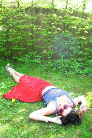red sunglasses - navy top - red skirt - ruby red flats