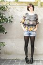 Black-blouse-blue-shorts-black-tights-black-shoes-gold-bracelet