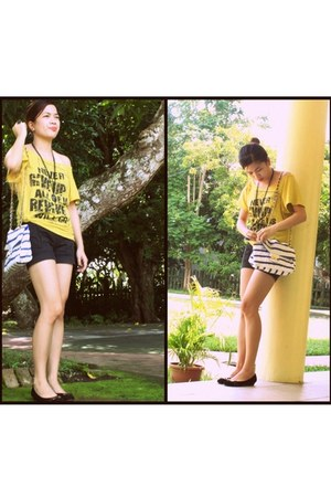 yellow Colza blouse - black maldita shorts - black shoes