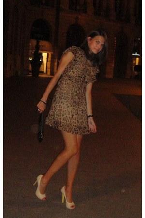 D&G dress - D&G purse - versace heels