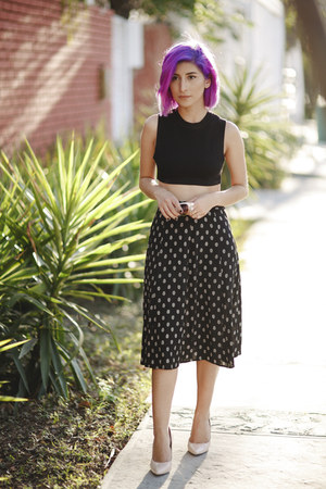 black unknown top - black Forever 21 skirt - light pink unknown pumps