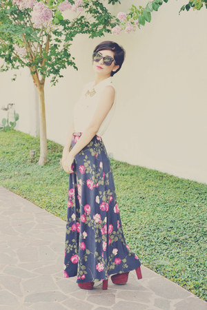floral print vintage skirt - Forever 21 necklace