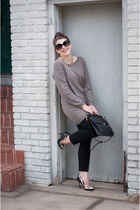 black coach bag - light brown BB Dakota sweater