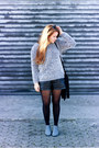 River-island-boots-oasap-sweater-zara-bag-zara-shorts