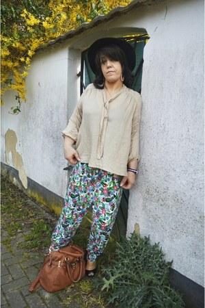 beige Bodyflirt blouse - periwinkle Wrangler jacket - harem pants BPC pants