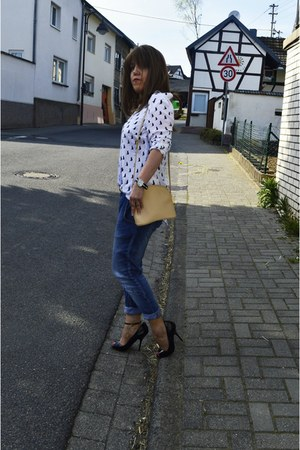 white rainbow blouse - blue relax fit jeans SOliver jeans - beige picard bag