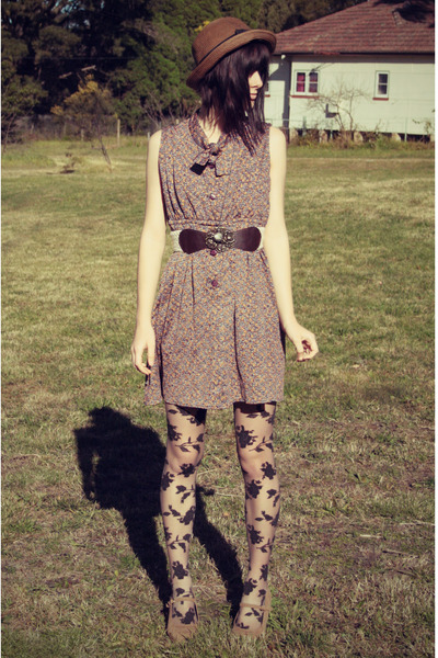 maroon vintage dress - dark brown wholesale hat - black Forever 21 tights
