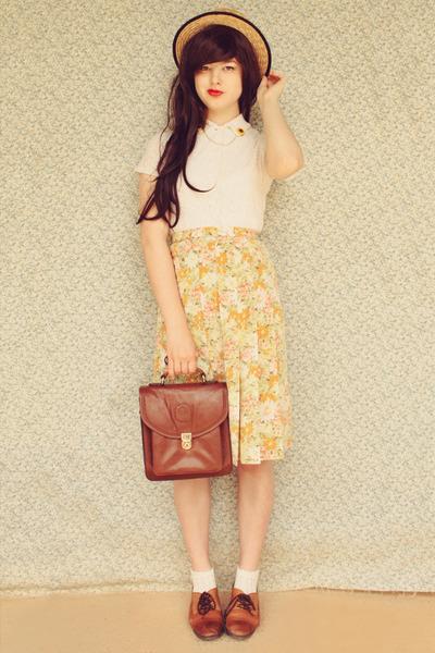 yellow collar clips DIY accessories - brown vintage bag