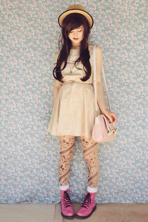 beige wholesale hat - bubble gum Raben Footwear boots - eggshell mod dolly dress