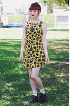 yellow all about eve dress - black I Love Crafty necklace