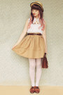 Cream-sheer-vintage-tights-dark-brown-vintage-bag