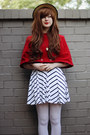 Black-stripey-cichic-dress-ruby-red-cape-diy-coat-white-oasap-tights