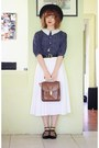 Black-vintage-hat-brown-vintage-bag-white-vintage-skirt
