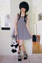 white Daiso socks - black DIY bag
