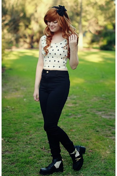 white cropped Choies top - black high waisted Dotti jeans