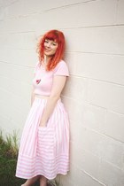 pink thrifted vintage skirt - hot pink Yoshimis Lab necklace