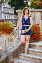 gold H&M ring - camel H&M bag - gold thrifted vintage belt