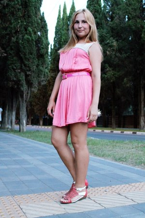 pink pleated ostin dress