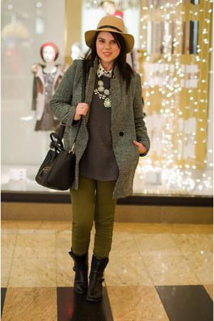 tan Front Row Shop hat - charcoal gray Zara sweater