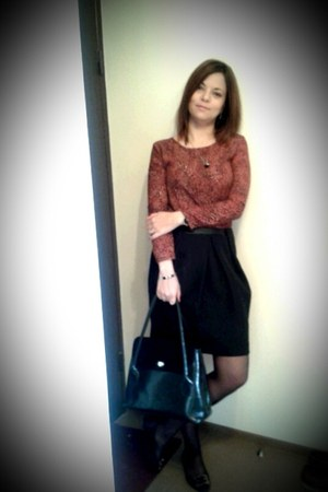 black Vicina bag - brick red Zara shirt - black Massimo Dutti skirt