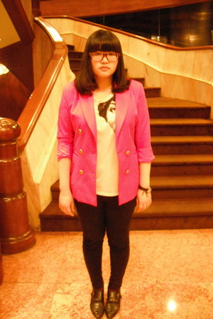 black no brand shoes - black no brand jeans - hot pink MONEY COME blazer - ruby