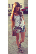 white stradivarius t-shirt - hm bag - glow shorts - black zara sandals