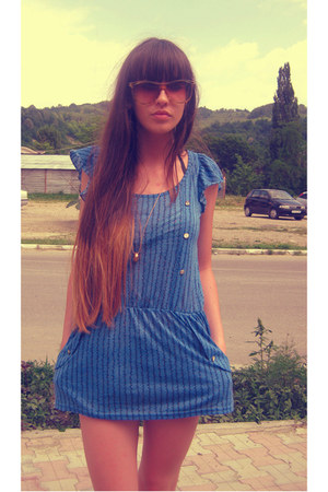blue pull and bear dress