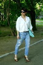 sky blue boyfriend jeans Zara jeans - ivory Zara shirt - aquamarine asoscom bag