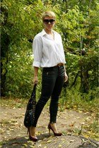black Zara pants - crimson Aldo heels