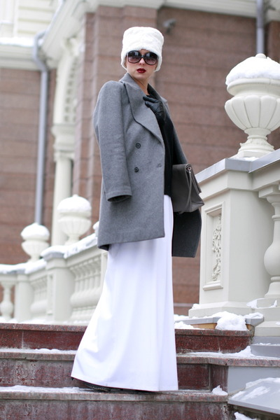 heather gray Zara coat - white Stradivarius hat - black H&M sweater