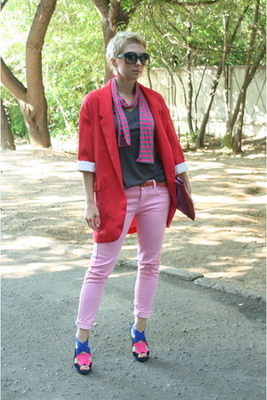 hot pink Zara shoes - bubble gum Zara jeans - red oversized Zara jacket