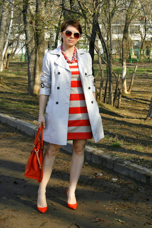 coral reserved dress - carrot orange Michael Kors bag - off white Zara cape