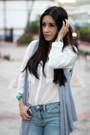 Light-blue-gap-jeans-white-bershka-shirt-black-shoedazzle-bag