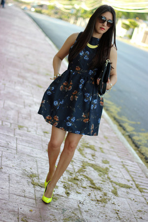 navy PERSUNMALL dress - black PERSUNMALL bag - yellow Ebay pumps