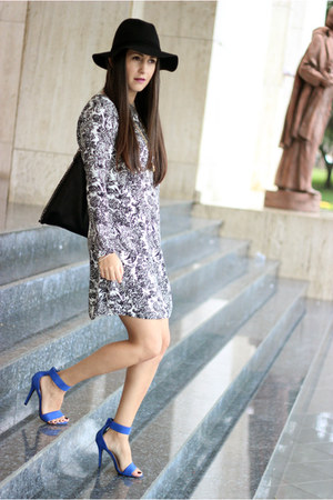 black Forever 21 hat - black lulus dress - navy Shoedazzle heels