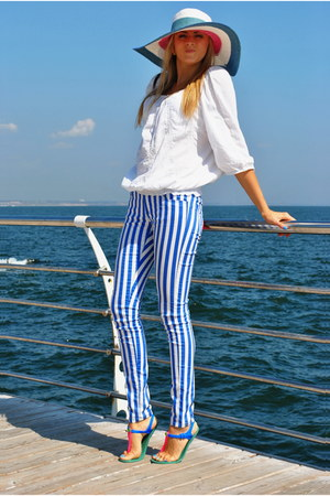 blue New Yorker pants - white H&M blouse - blue Plato sandals