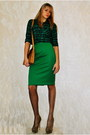 Green-new-yorker-shirt-bronze-bag-light-brown-heels-green-diy-skirt